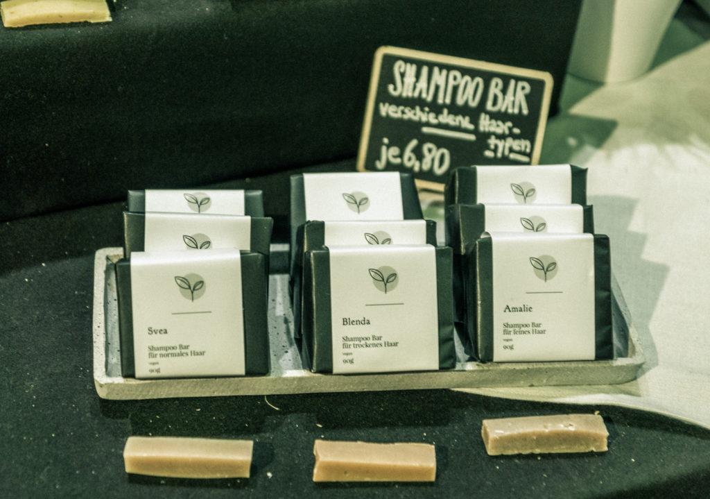 Yuka biologische Shampoo Bar auf dem grünen Markt